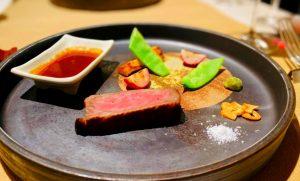 特選信州黒毛和牛のステーキ